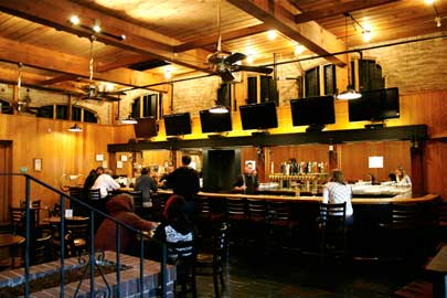 Inside of TAPS Petaluma Beer Bar
