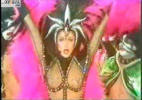 Lynda Carter dancing with KISS