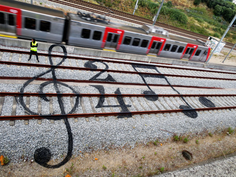railway-art-wooster-bordalo3